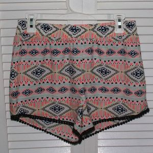 NWOT flowy tribal print short with detailed bottom